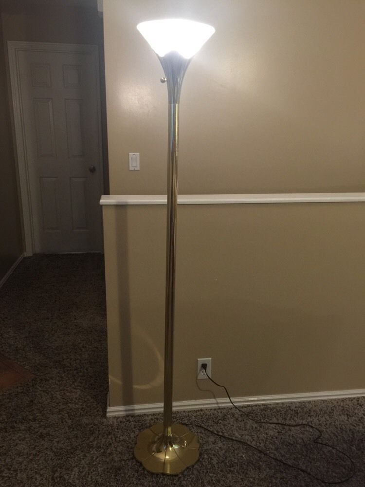 Mid Century Stiffel Torch Floor Lamp Torchiere Scalloped Base Excellent  Cond.