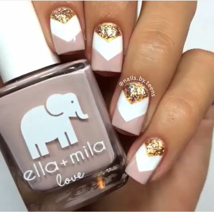 Ella+Mila neutral gold chevron nails | Nails | Pinterest | Blanco