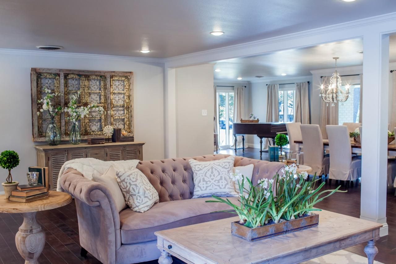 Read These 10 Tips On How To Get The Fixer Upper Look Inspired By Chip And Joanna Gaines GainesLiving Room DesignsLiving