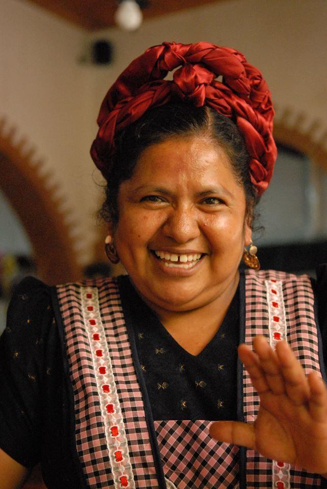 Abigail Mendoza, la famosa cocinera zapoteca | par avion