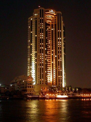 El hotel forma parte del Grupo The Peninsula Hotels con sede en Hong Kong, propietarios de Hong Kong and Shanghai Hotels Limited.