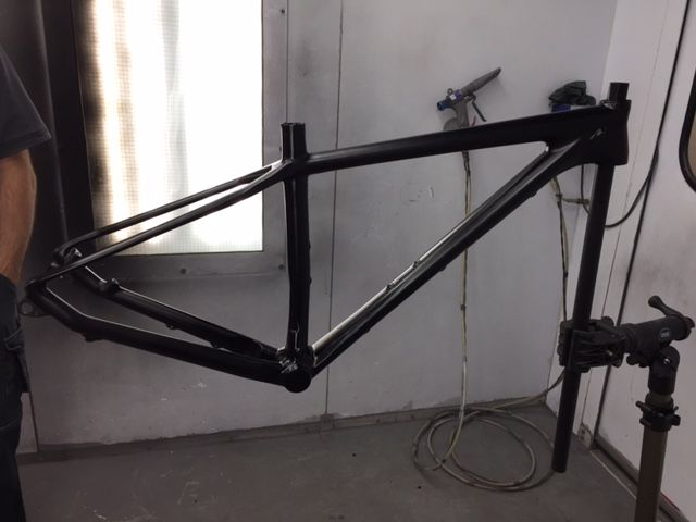 Scott Mtb Carbon Frame Painted Flat Matte Black For Our Client In Dundas Ontario During December 2016 At Carbo Painting Frames Dundas Ontario Painting Projects