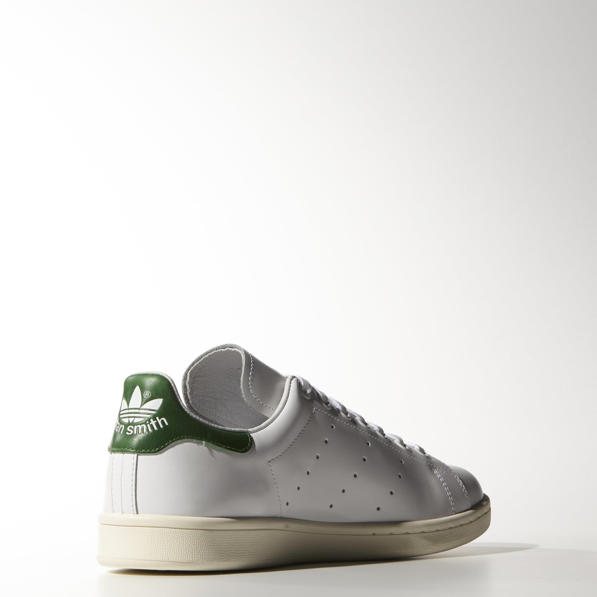 new product 8b64e f0b6c Adidas Stan Smith