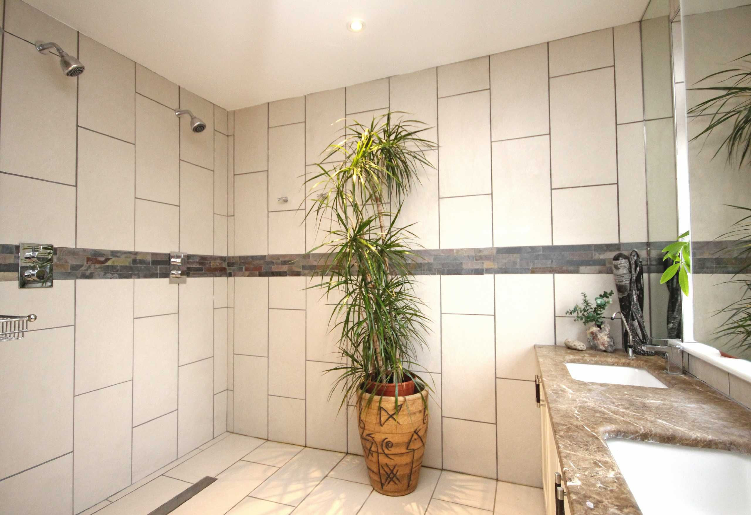 2 Showers, 2 Sinks, Wet Room Wet rooms, Small space