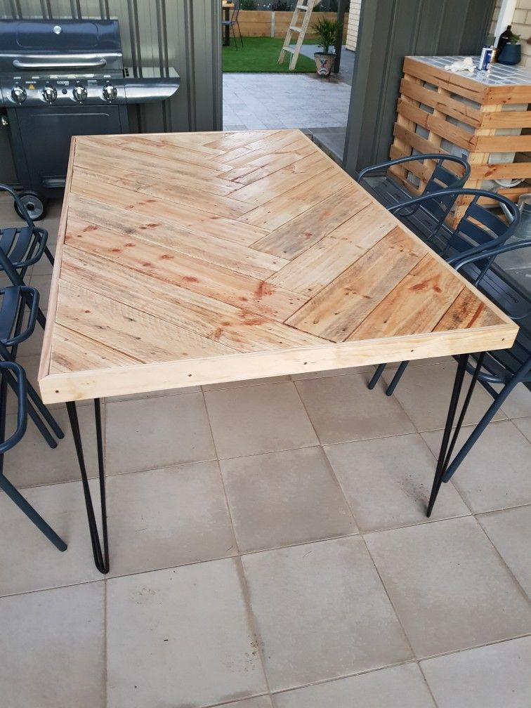 Diy Herringbone Timber Outdoor Table Love Timber Table Table Dining Table