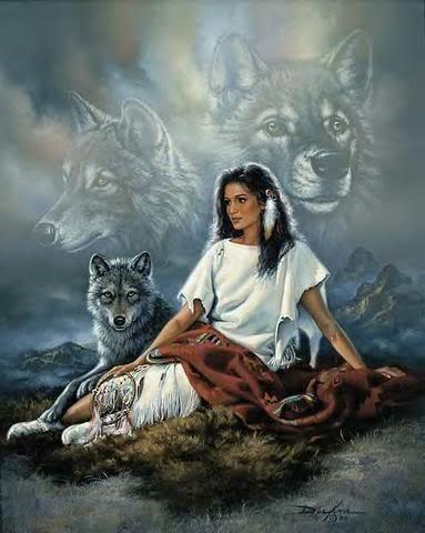 Los ojos del lobo brillantes