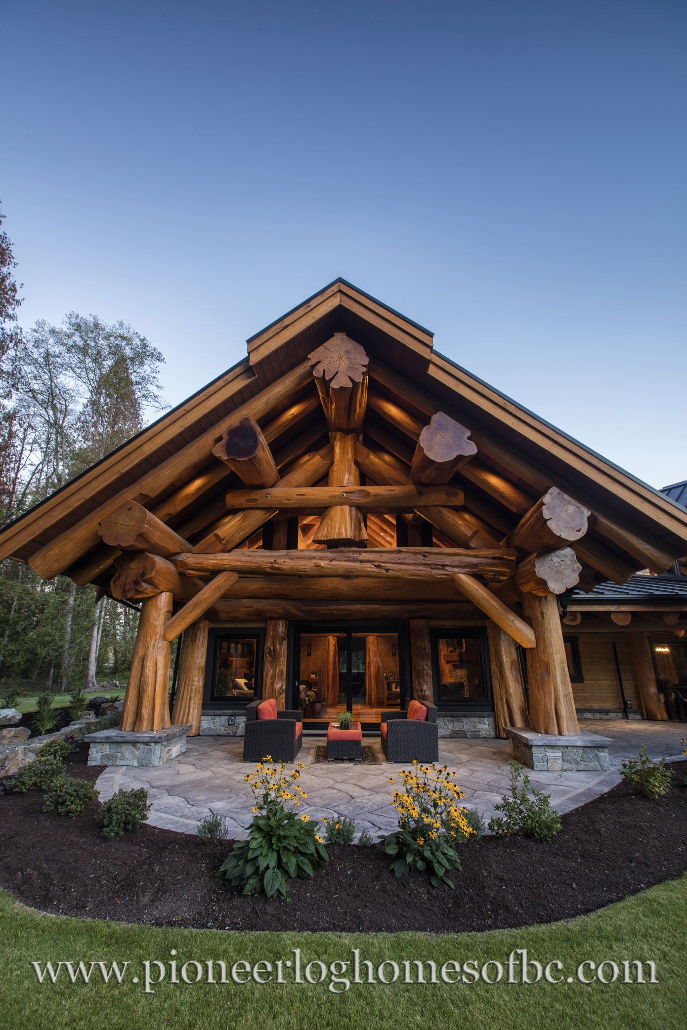 The Forestville Www Pioneerloghomesofbc Com Log Homes House In The Woods Log Home Decorating