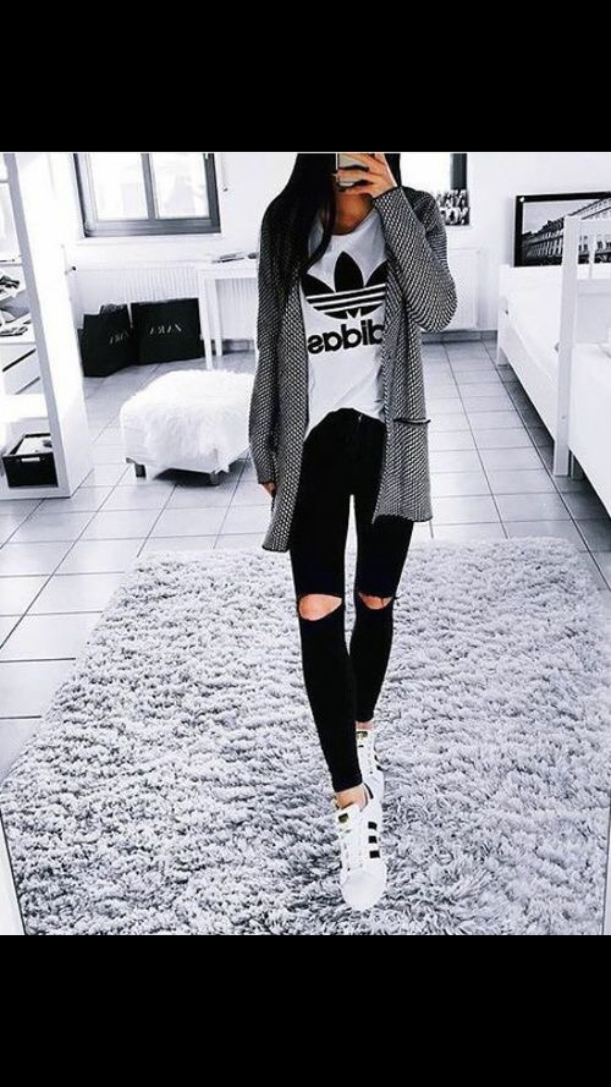 منو يحب ماركة اديداس اني وحدة منهم افضل ماركة Fashion Adidas Outfit Cool Outfits