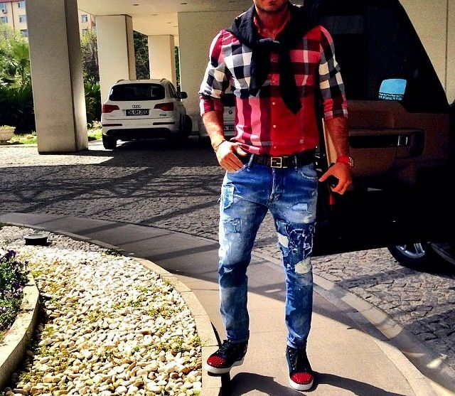 Mtd Style Dsquared Jeans Christian Louboutin Sneakers Fendi