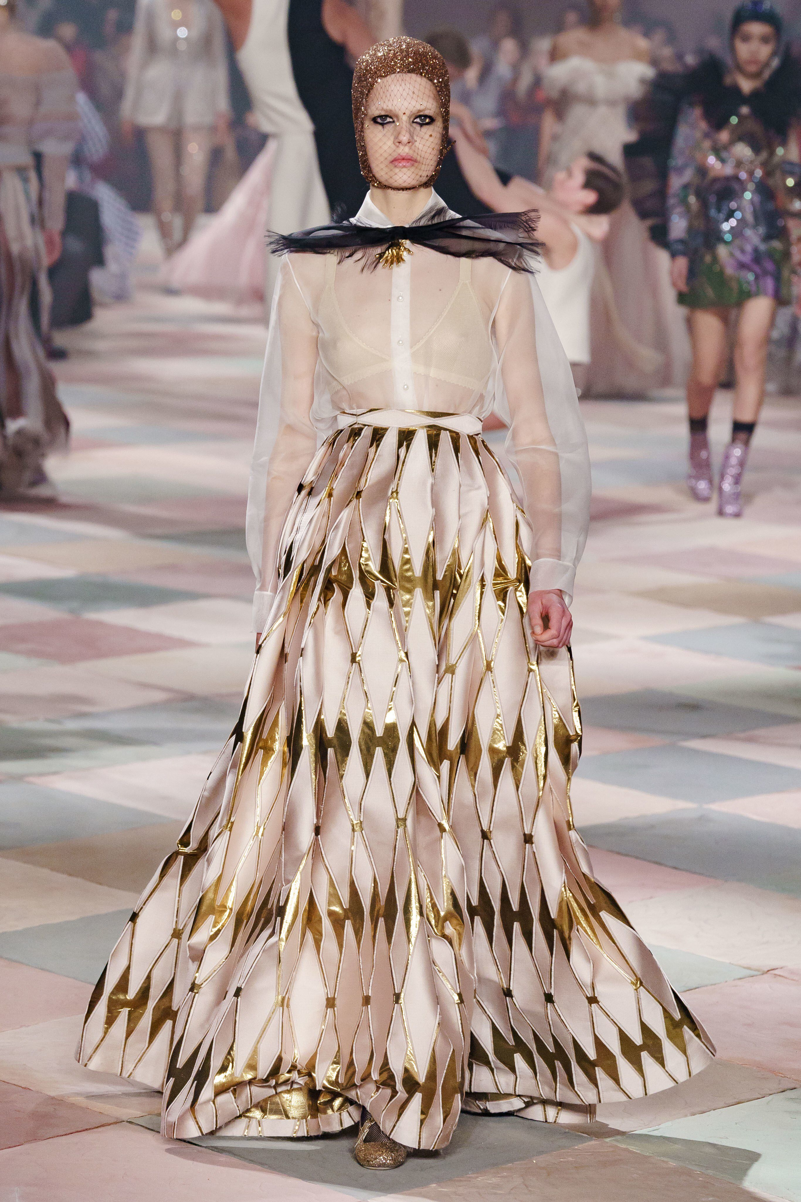 c483f402 Christian Dior Spring 2019 Couture Fashion Show Collection: See the  complete Christian Dior Spring 2019 Couture collection. Look 38