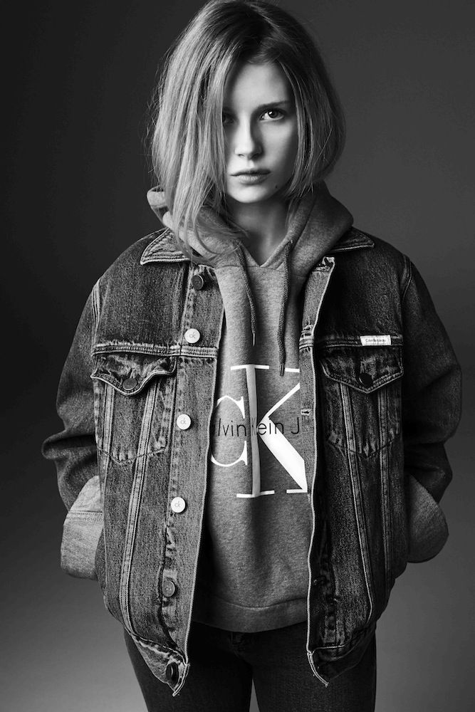 calvin klein jeans and mytheresa team up for re issue collection starring lottie moss fashion. Black Bedroom Furniture Sets. Home Design Ideas
