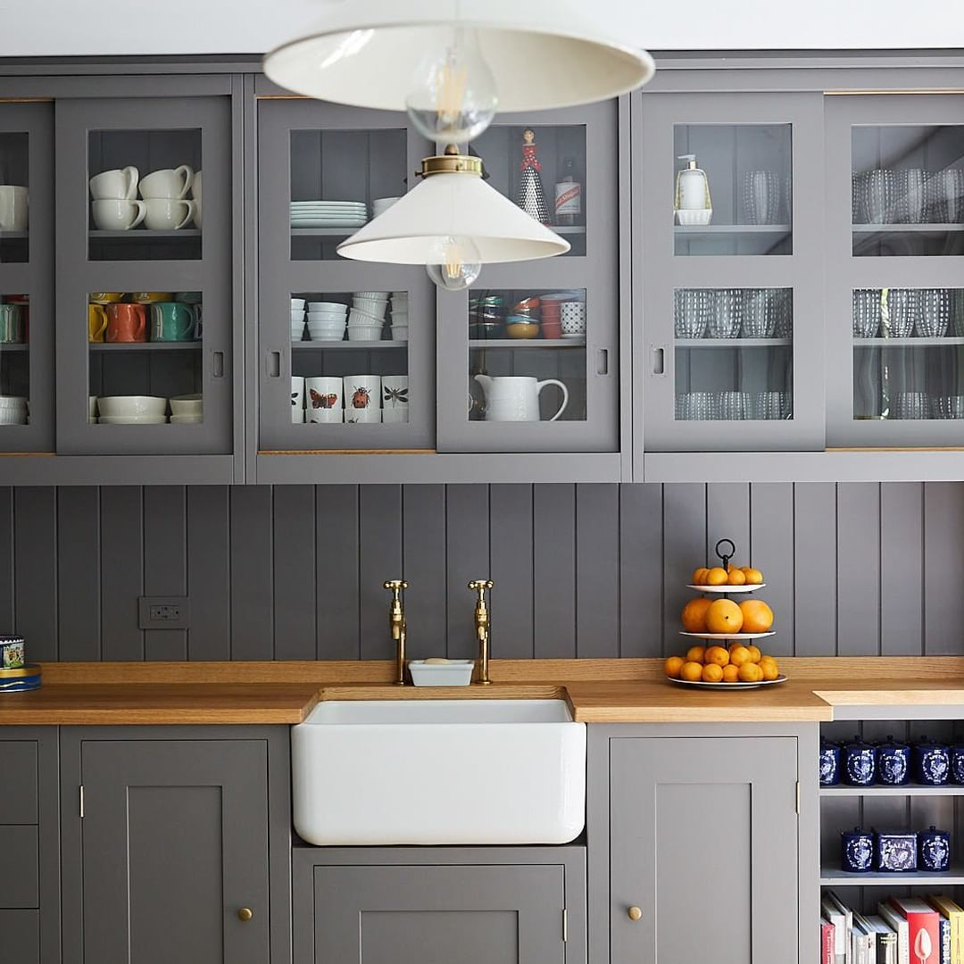 Plain English Design On Instagram These Glazed Sliding Doors Are One Of Our Favourites The In 2020 Kitchen Interior Tongue And Groove Panelling Kitchen Inspirations