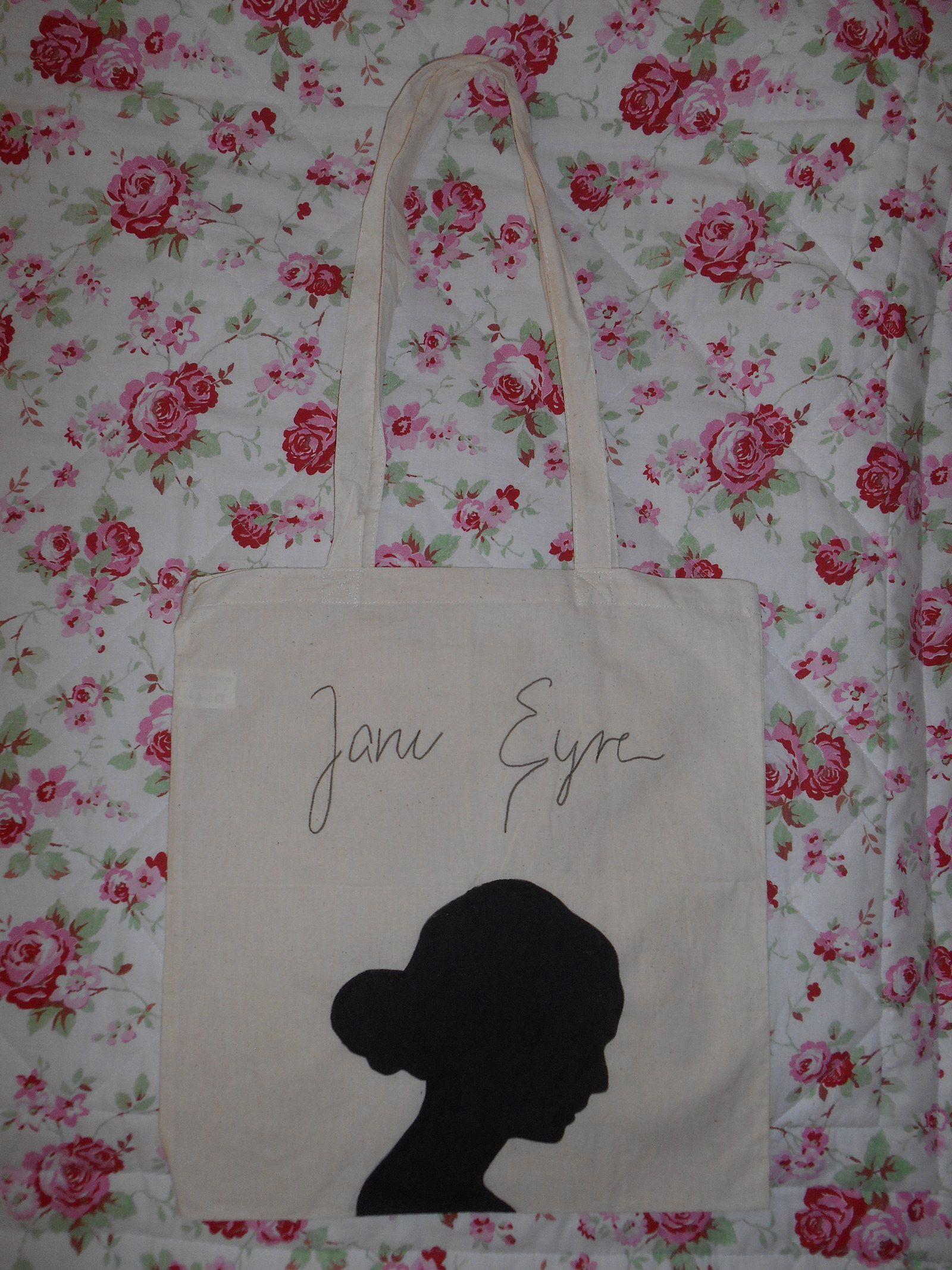 b0cfe1f30 Plátěná taška Jane Eyre Ručně malovaná plátěná taška s dlouhými uchy,  možnost nakreslení i na