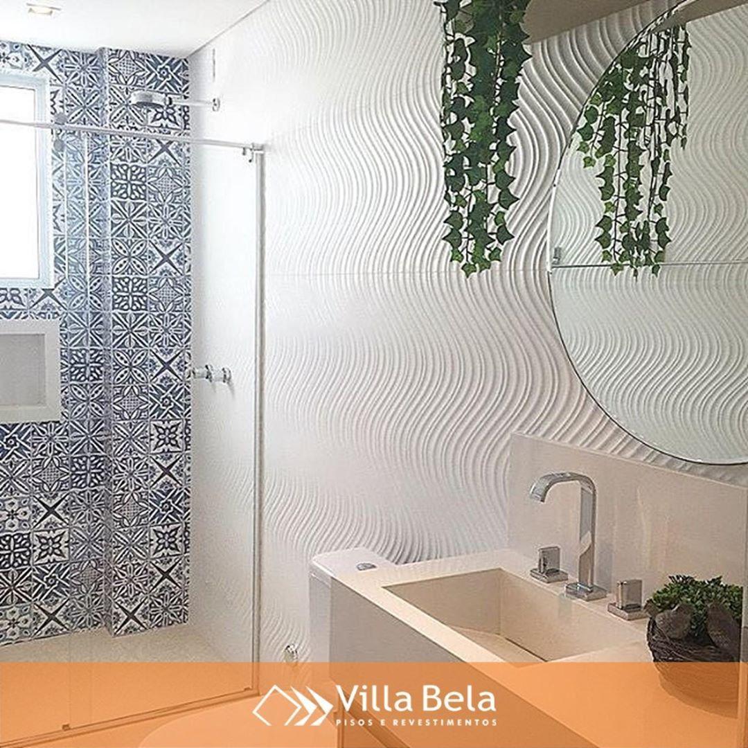 Bathroom Stall Em Portugues o toque sedoso das ondas da cerâmica aqua branco e o patchwork