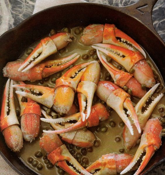 Snow Crab Claws (With images)   Crab claw recipes, Crab ...