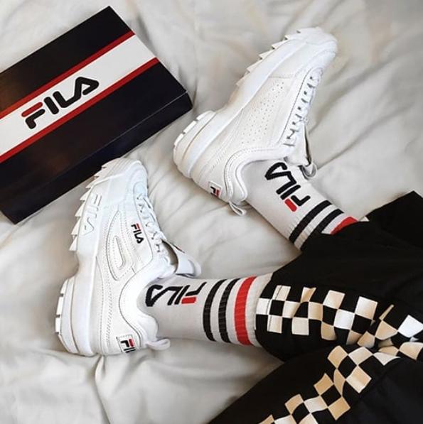 Ya Estan Aqui Desde Hoy Puedes Conseguir Tus Fila Disruptor Blancas En Oldboystore Las Mas Queridas Llegan P Swag Outfits Fila Disruptors Sneakers