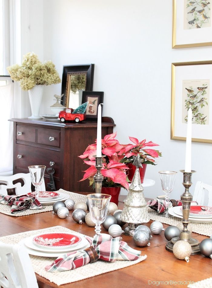 red and metallic tablescape with boscovs holiday decor ad boscovshome tablescape christmas home decor metallic red tablesetting