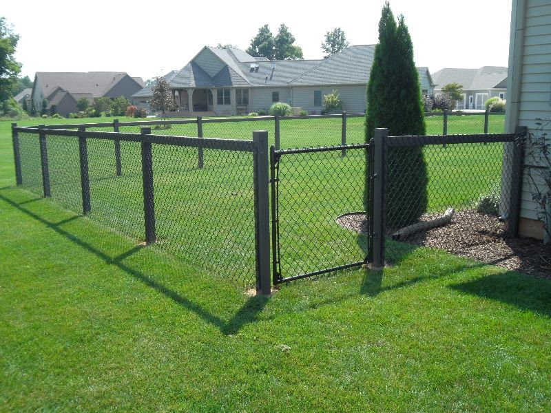Res Vinyl Chain Link On Treated 4x4 Post 2x4 Top Rail 5 Black