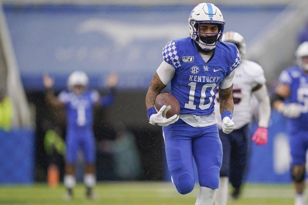 Kentucky running back Asim Rose (10) runs for a touchdown ...