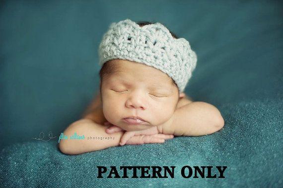 crown crochet pattern, Baby crown crochet pattern, boys crochet patterns, girls crochet patterns, baby photo props, newborn patterns #crownscrocheted