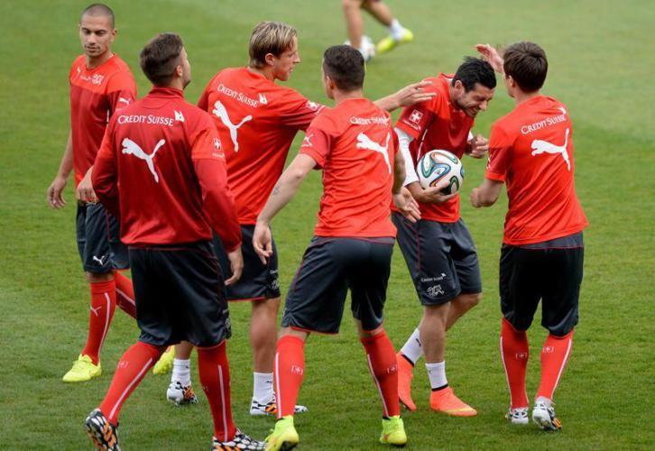 Die Schweizer Fussball Nationalmannschaft während dem Abschlusstraining.