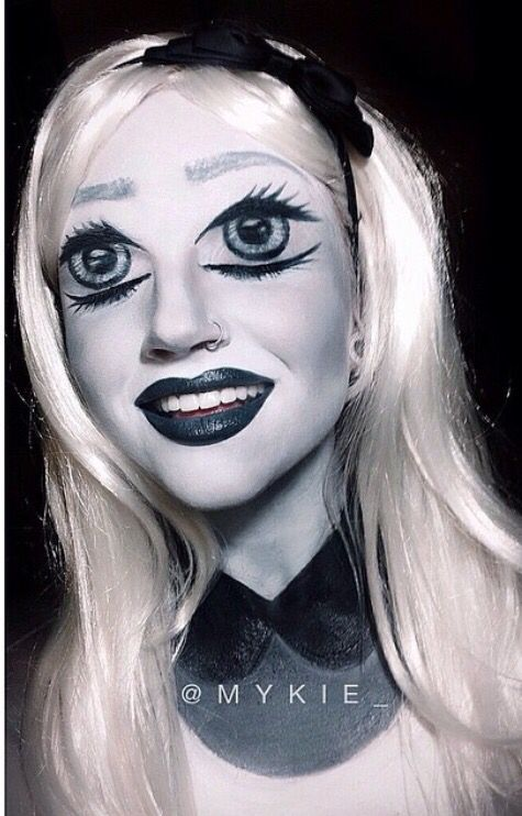 Mykie (makeup) How do you know if you\u0027re happy or sad without a - womens halloween ideas