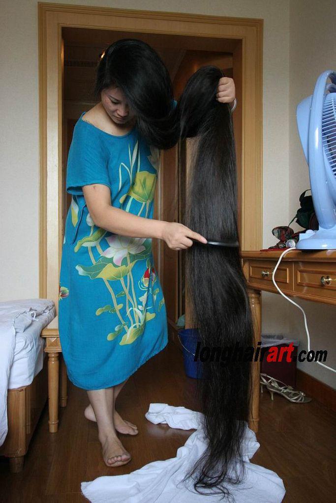 4 Long Hair Community Women Haircuts Long Long Emo Hair
