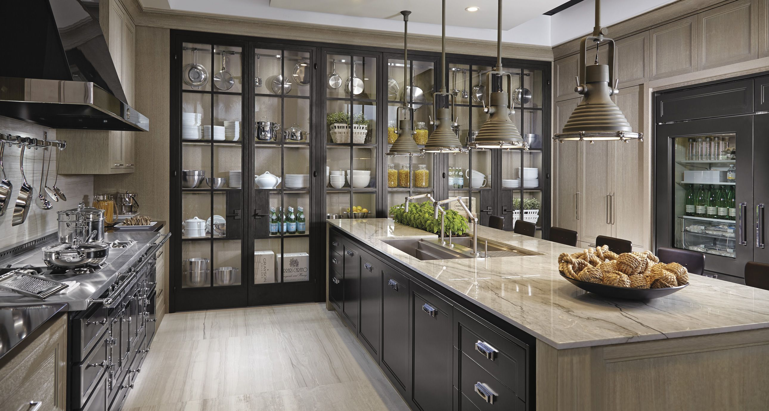 Chic Downsview Kitchens And Fine Custom Cabinetry Manufacturers Of Kitchen Cabinets Customkitchens Kitchencabinetry