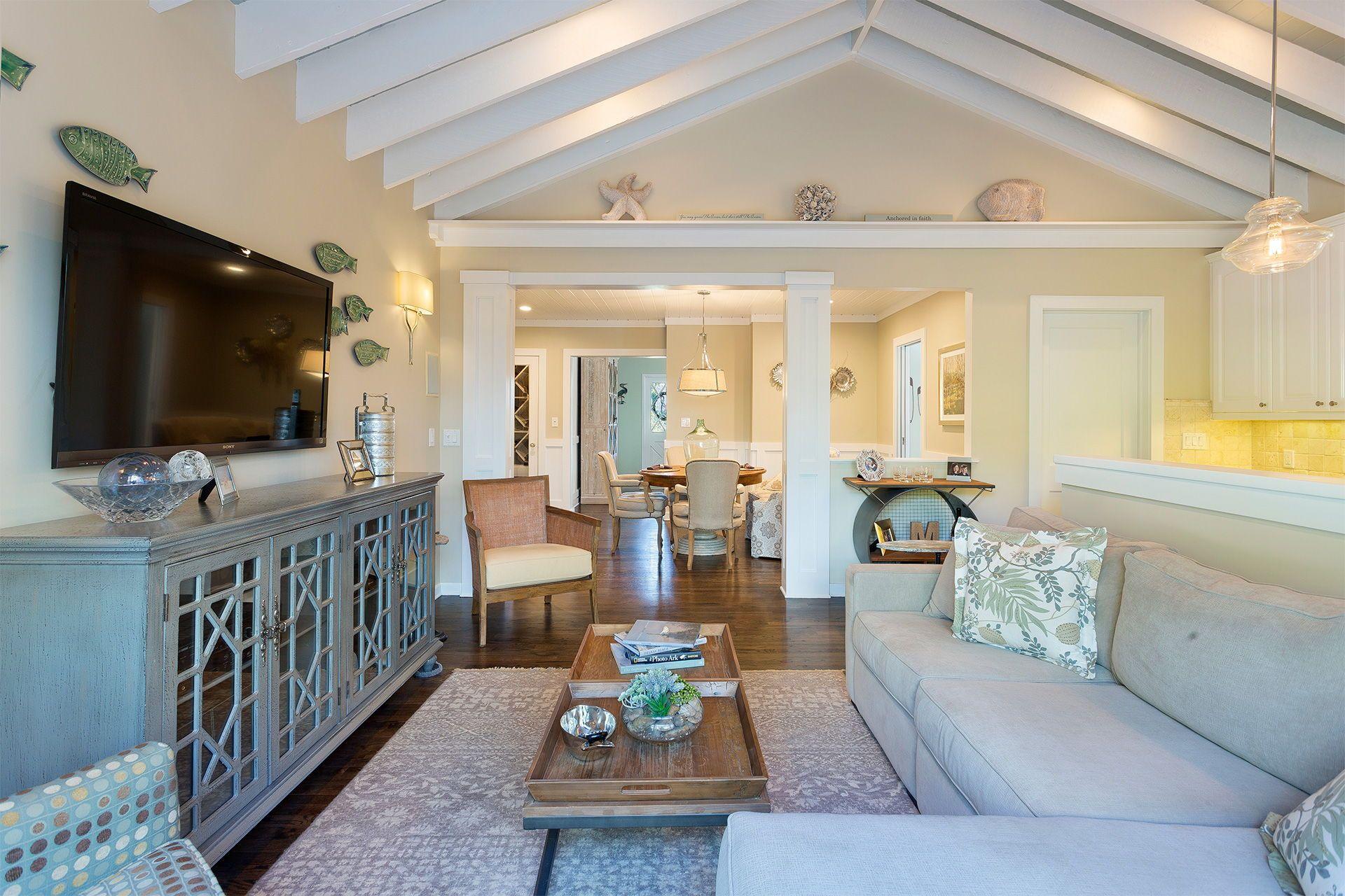 Pin On 105 Northeast 7th Street Delray Beach Florida Charming Modern Cottage