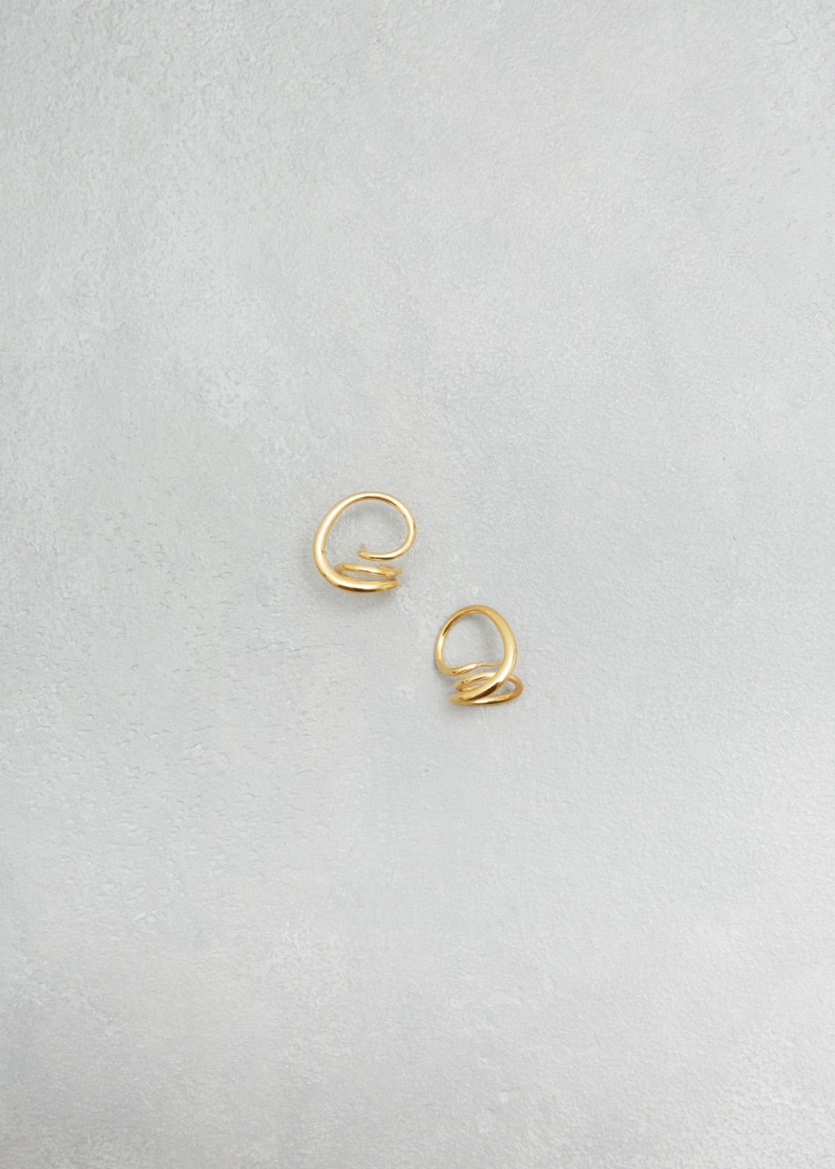 Round trip earrings what to put on pinterest round trip k