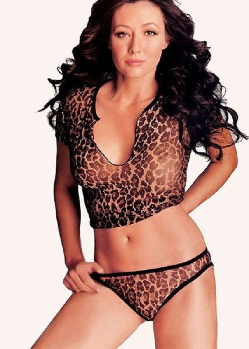 shannen-doherty- | Shannen doherty, High neck bikinis, Swimwear