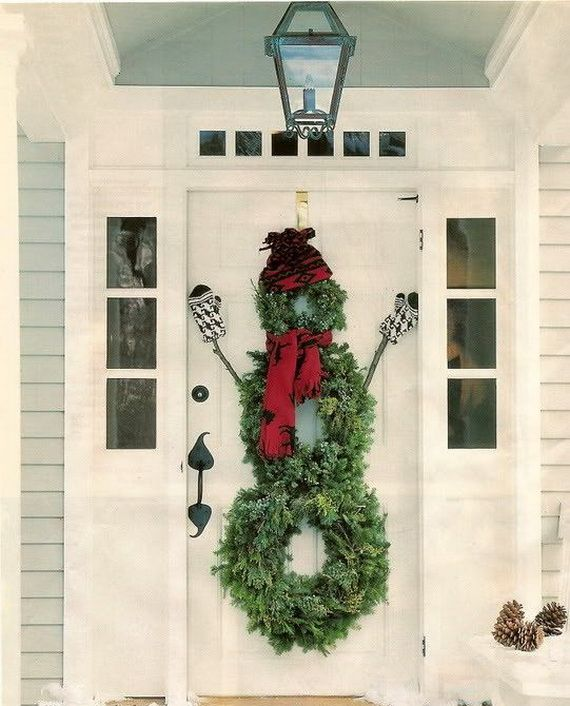 37 beautiful christmas front door decor ideas interior god - Christmas Front Door Decor