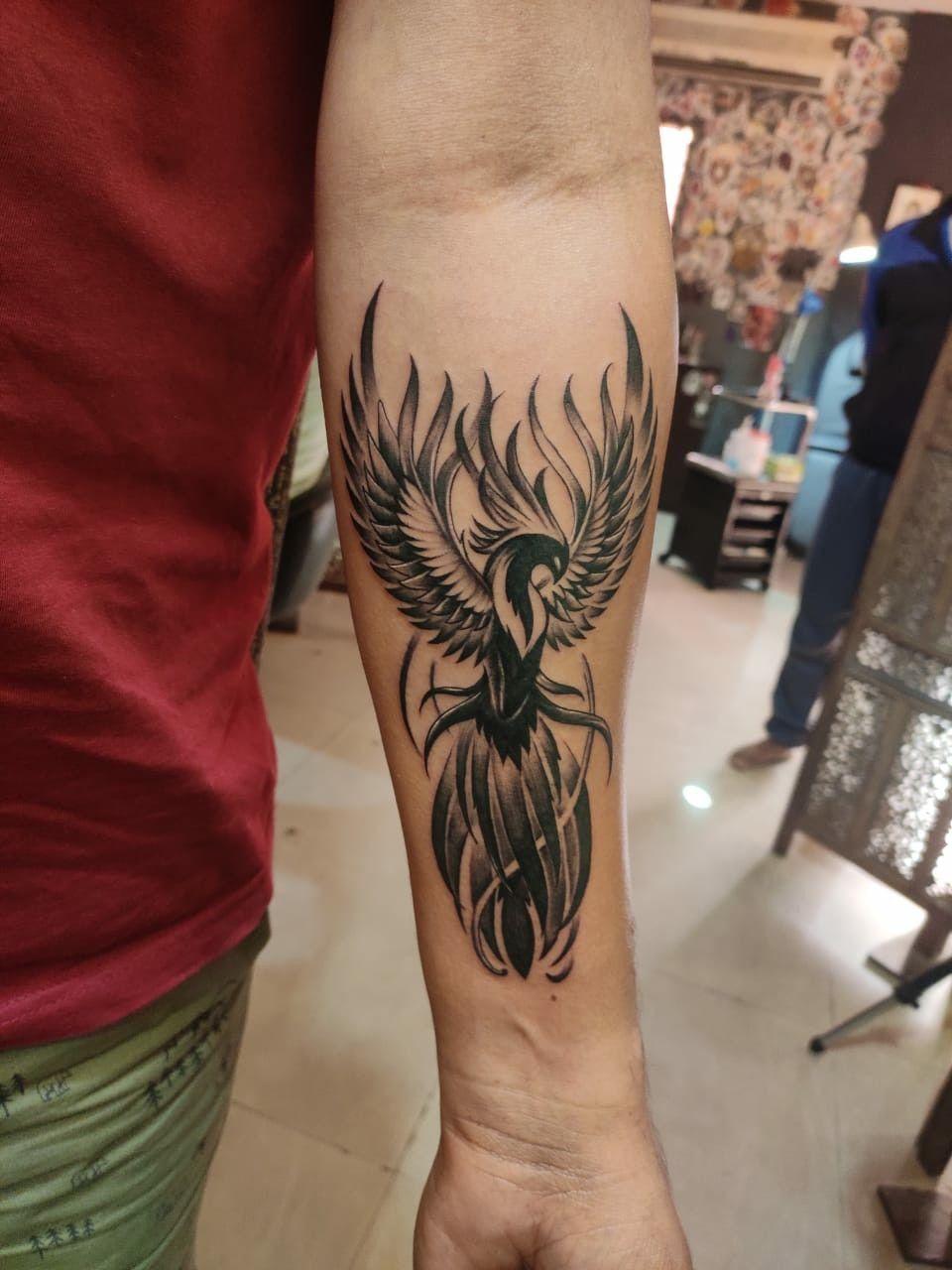Pin En Hand Tattoos