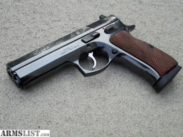 Pin by Hunter Pitts on Guns I neeeed | Hand guns, Guns, Firearms