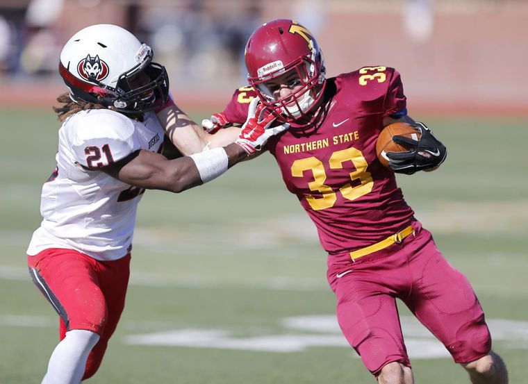 Photo Gallery Northern State University Football Vs St Cloud State Aberdeennews Com Sports Northern State University Football St Cloud