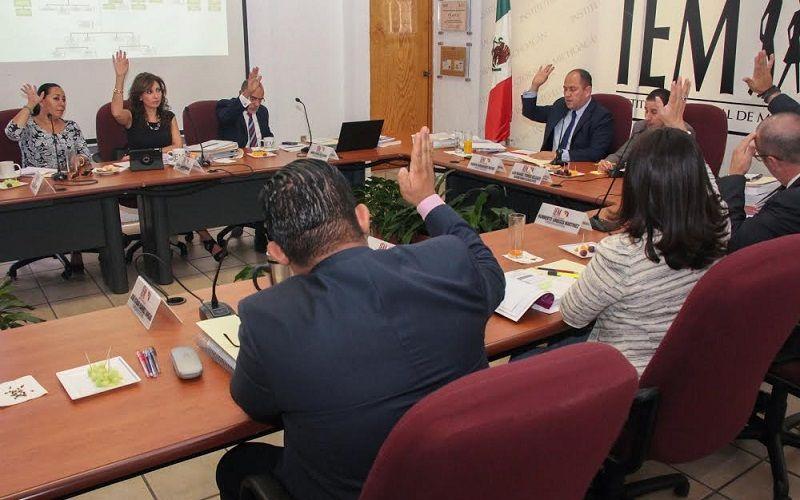 El órgano electoral local se convierte en el primer Organismo Público Local Electoral (OPLE) del país en implementar el Servicio Profesional Electoral, además de actualizar el Reglamento Interior del Instituto, ...