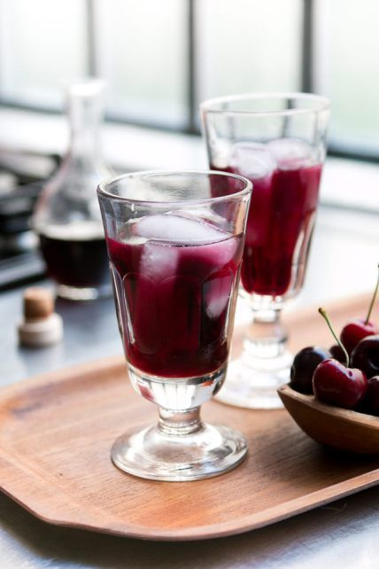 best 25 liqueurs ideas on pinterest strawberry liqueur. Black Bedroom Furniture Sets. Home Design Ideas