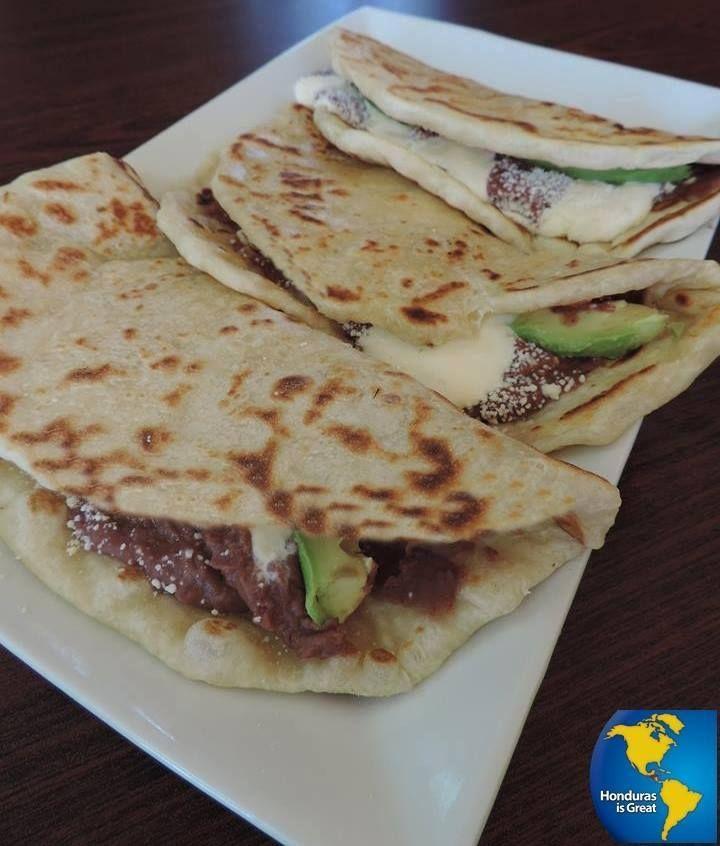 Tortillas D Maiz Con Frijoles Quesillo Y Aguacate Salvadorian Food Mexican Food Recipes Guatemalan Recipes