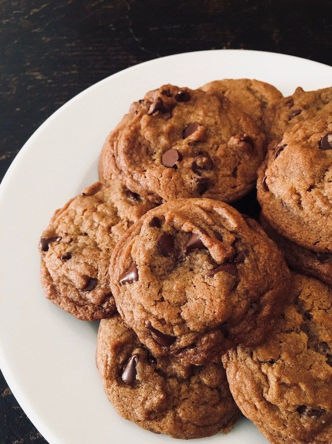 Simple Chocolate Chip Cookies | Easy chocolate chip ...