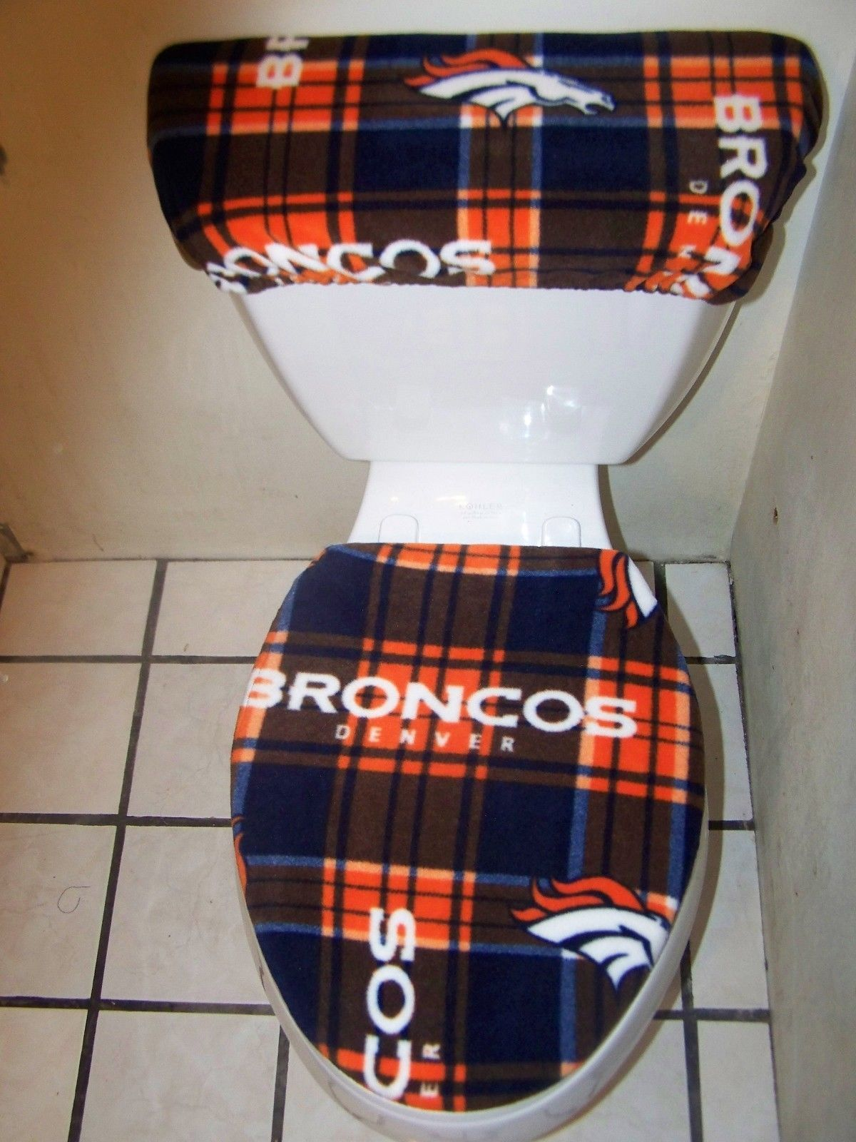 Fine Pin By Chica Medina On Broncos Fans Denver Broncos Andrewgaddart Wooden Chair Designs For Living Room Andrewgaddartcom