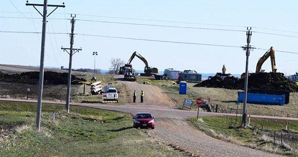 Devastating oil spill shuts down Keystone pipeline! See http://ecowatch.com/2016/04/06/keystone-pipeline-oil-spill/