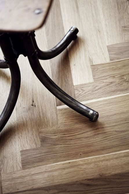 Junckers Single Stave Blocks Parquet Floor In Solid Oak Harmony Is A  Timeless, Classic Choice For A Kitchen Floor