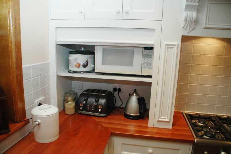 Uit die oog | Kombuis | Pinterest | Cupboard and Kitchens