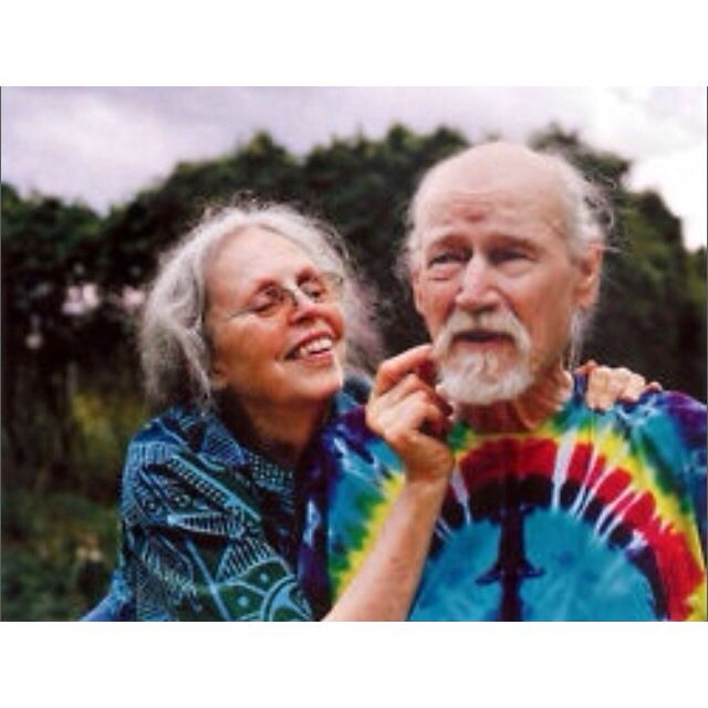 Cute old stoner couple #relationshipgoals !