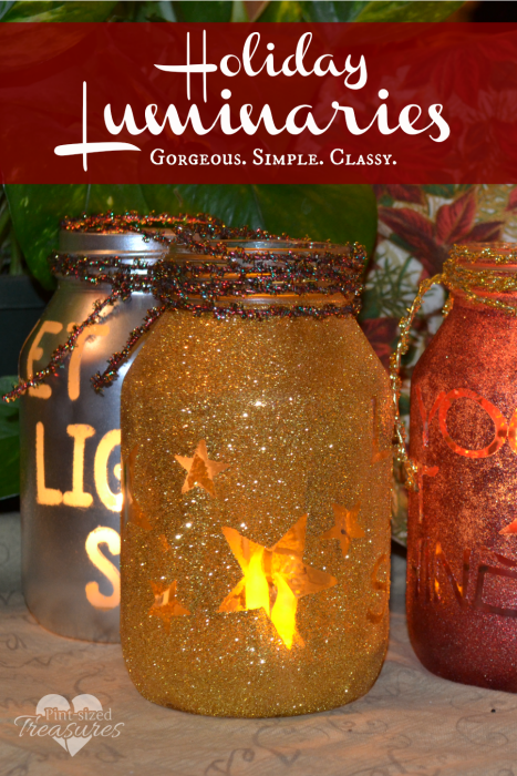 These simple, diy holiday luminaries are the perfect way to add some simple holiday cheer to your home! Love classy, gorgeous, but SIMPLE home decor!