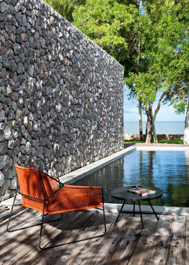 Un couloir de nage dans un jardin | POP UP | Meuble jardin, Mobilier ...