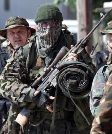 Sniper of serbian army SOF witj a M76 d6af858413c