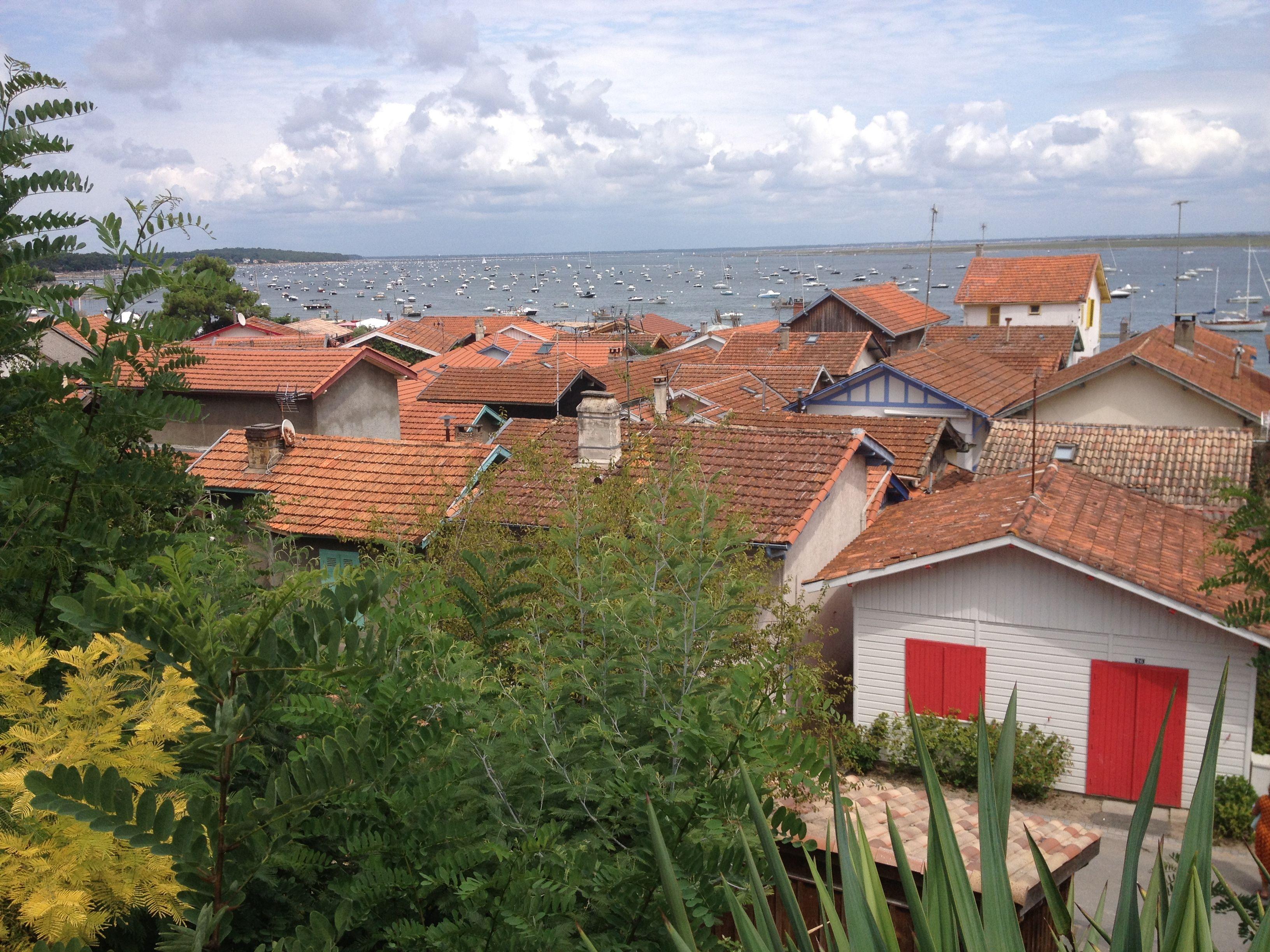 Baai van Arcachon-L'Herbe. Schilderachtige huisjes, smalle paadjes...Hoogtepunt