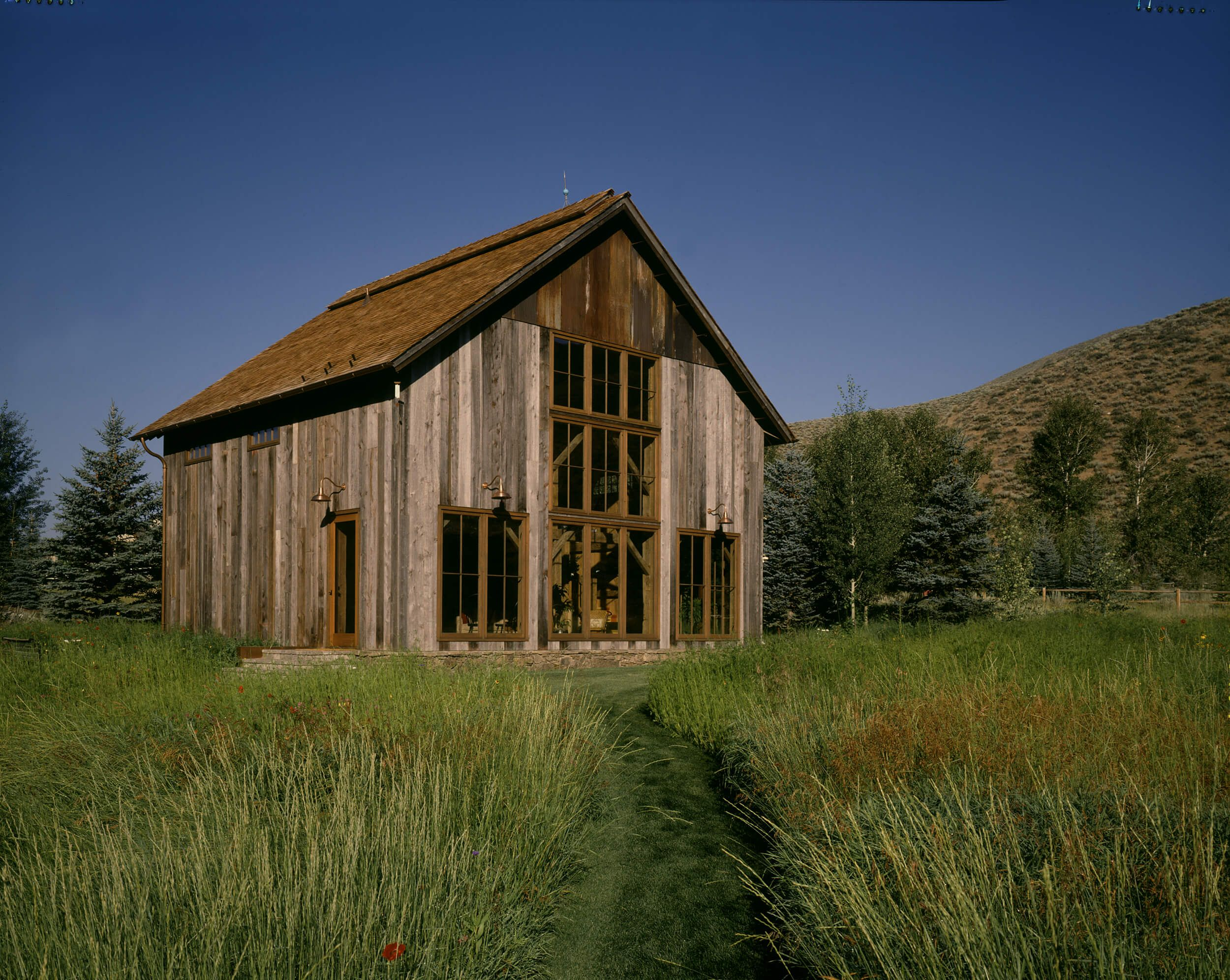 Vintage timber frame barn addition farmhouse exterior burlington - Our 24 X 30 One Story Barn Www Countrycarpenters Com One Story Barns 24 Deep Pinterest Barn Garage Loft And Loft Ideas