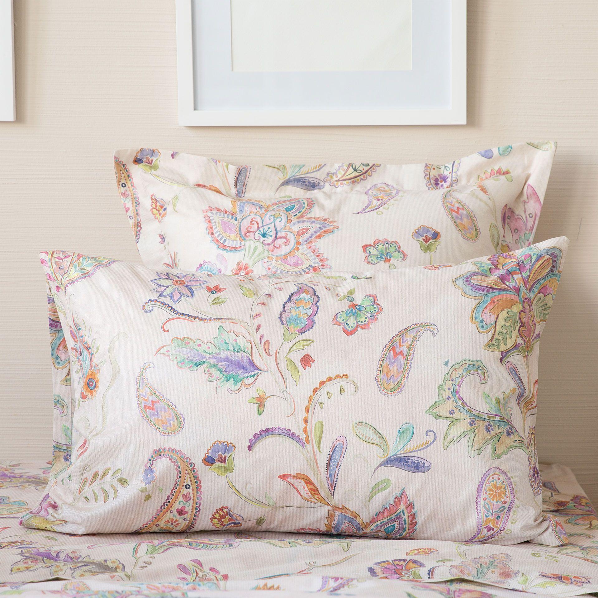 linge de lit imprim fleurs rose linge de lit lit. Black Bedroom Furniture Sets. Home Design Ideas